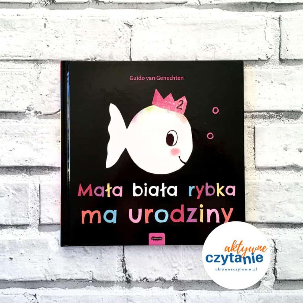 Mała biała rybka ma urodziny okładka książka