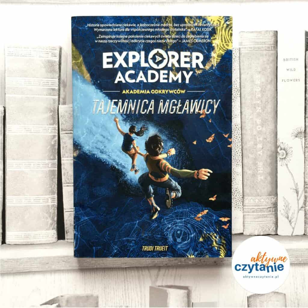 Explorer Academy: Akademia odkrywców. Tajemnica mgławicy książki dla dzieci aktywne czytanie